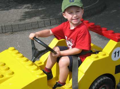 Fri, 11 Jul 2003: Legoland