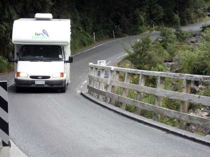 Thu, 29 Mar 2007: New Zealand Campervan, Milford Sound